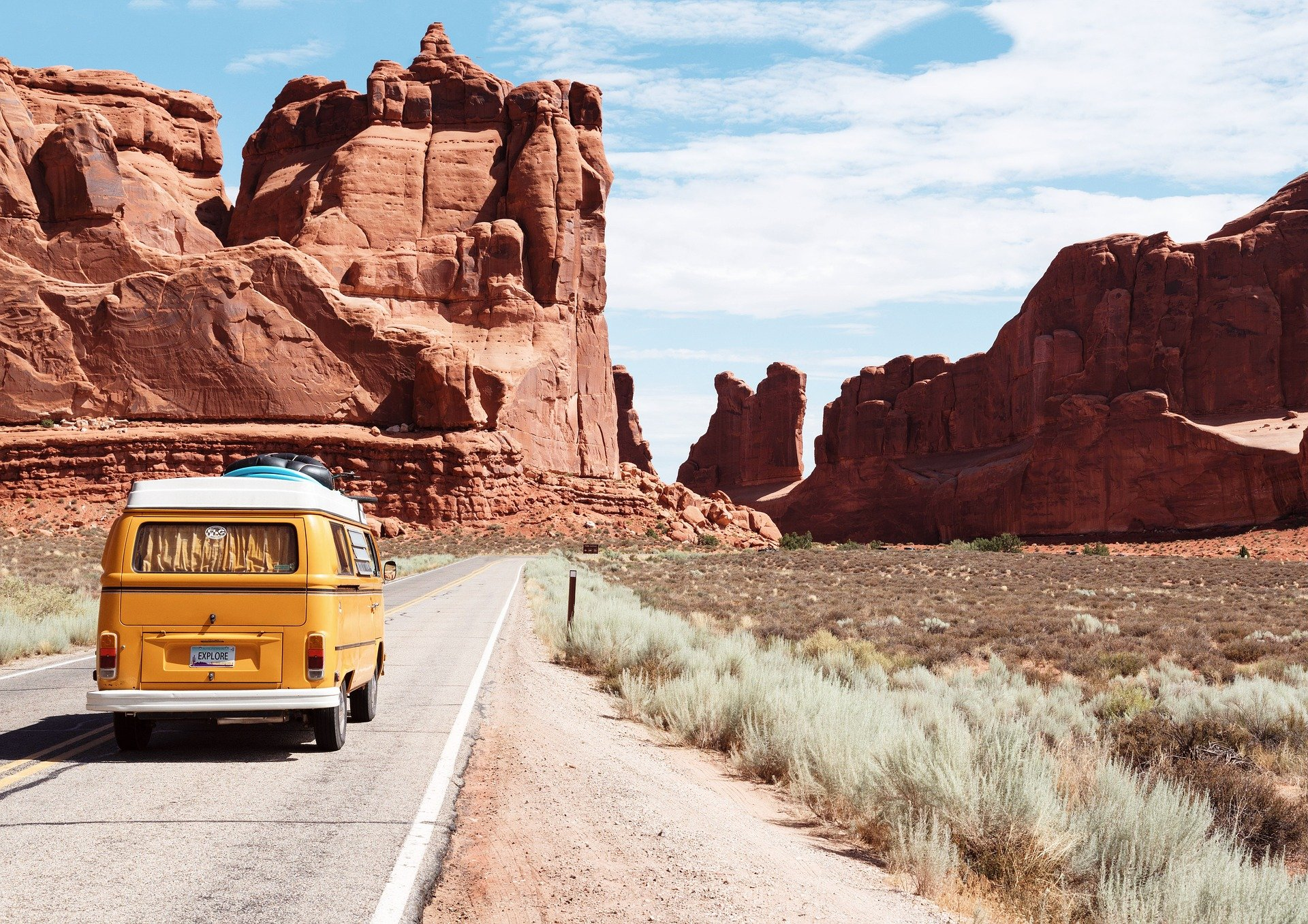 Keep These 7 Tips in Mind Next Time You Have to Drive a Long Distance