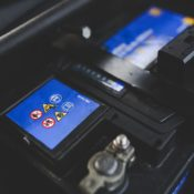 Signs You Need a New Car Battery and How to Replace it Safely